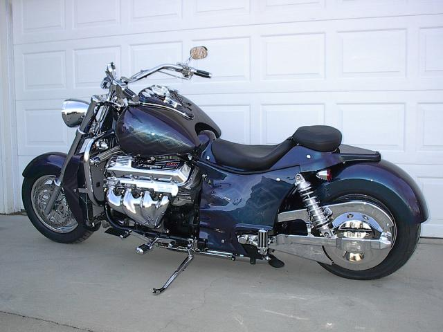 boss hoss quando esagerare un dovere moto custom blog. Black Bedroom Furniture Sets. Home Design Ideas