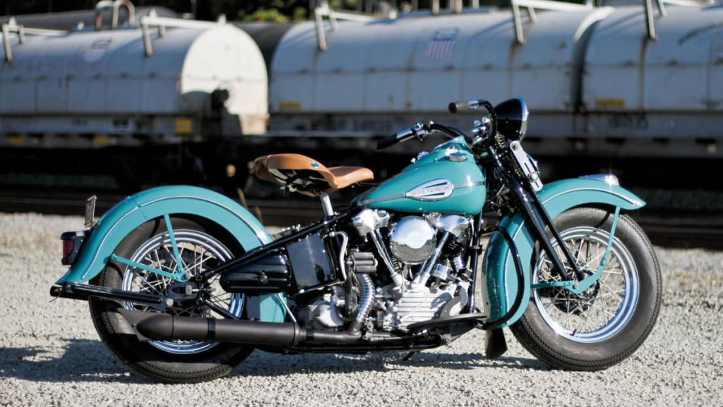 Old Harley Davidson: Harley Davidson Vintage Del 1941 Restauro Perfetto